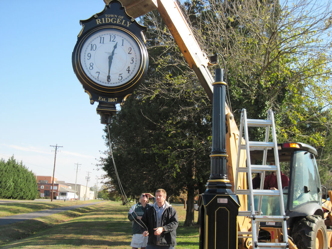 StreetClockInstallation 145